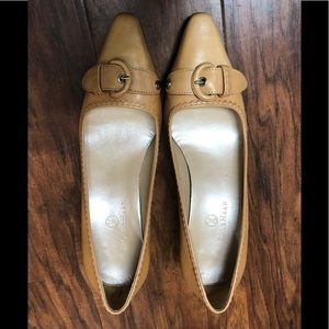 Cole Haas heels size 7 B for sale